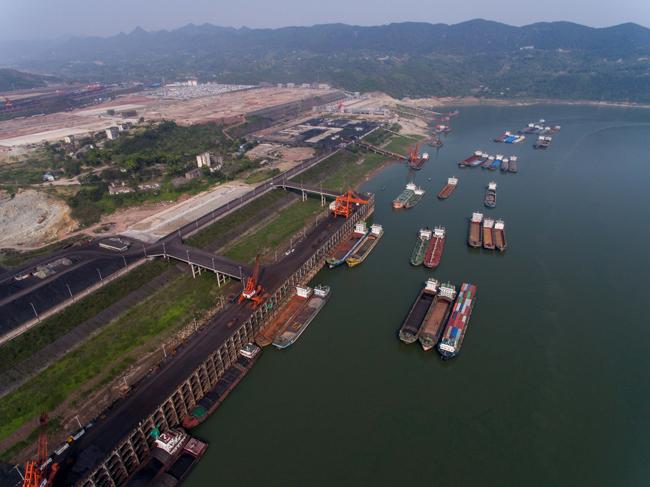 大江奔流——长江水运的绿色转型之路